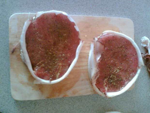 Steaky z roštěné ve slanině