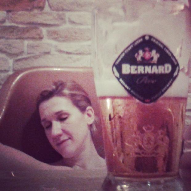 "Fotka od Ferdika. Pivni lazne aneb ""chtel bych abys byla pivicko"