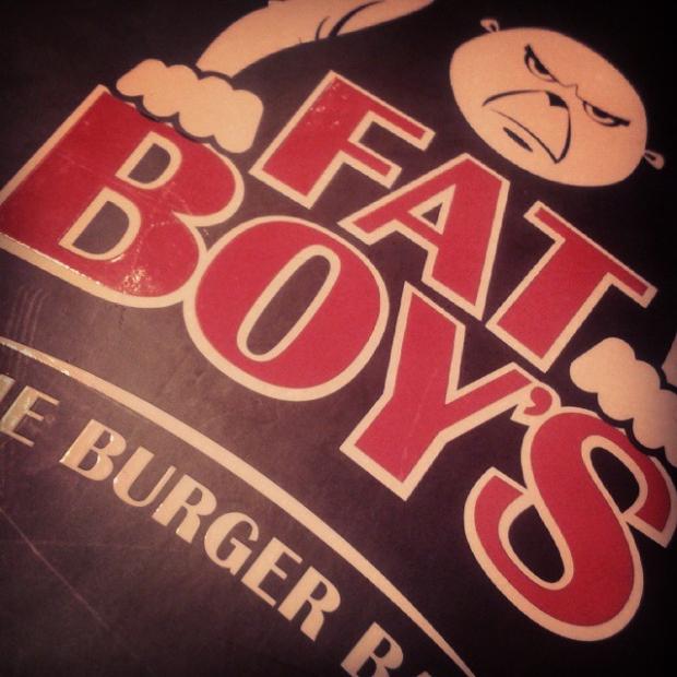 Fotka od Ferdika. Pry nejlepsi burgery v Asii. V  @fatboyssg. Byl vynikajici