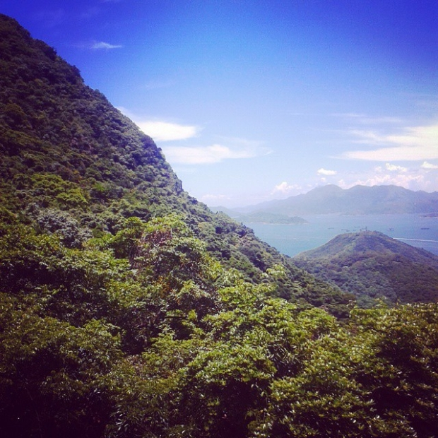 Fotka od Ferdika. Unbelievable: guess where it is? Yeah, #Hongkong baby. #hongkongpeak #hiddenpath