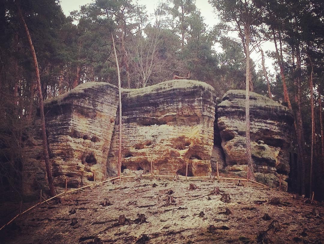 Fotka od Verunky. Piskovcove skaly na Kokorinsku... Krasny 20km vyslap s @ferdinandvalent