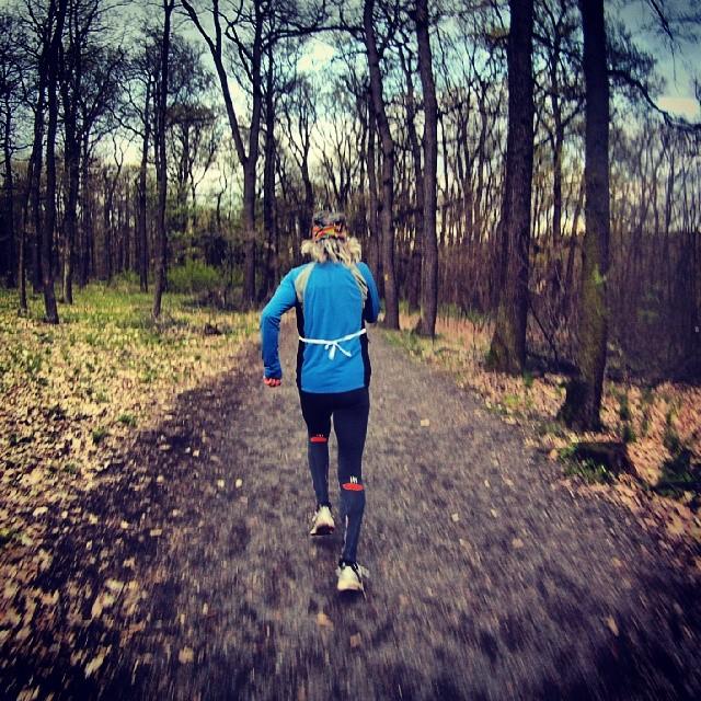 Fotka od Ferdika. 117/366: Alone from start to finish of #kunratickyles #race with this fantastic guy. He broke away from me in a steep descent around 300m before the finish line to ensure his victory:-) #run, #running, #runshots, #runner, #gopro, #goprohero, #bestoftheday, #newbalance, #tempo, #10km, #speed, #runfast
