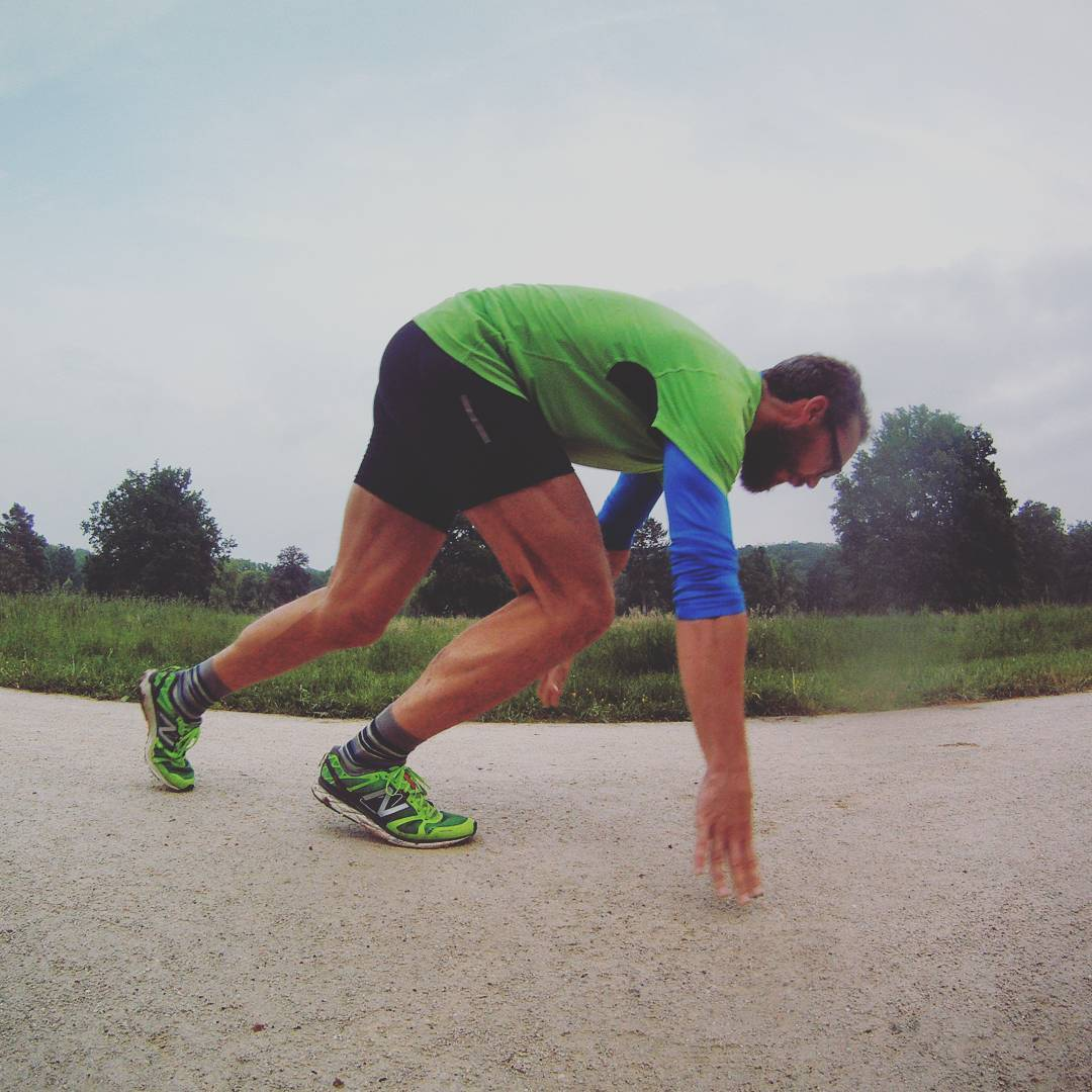 Fotka od Ferdika. 145/366: Starting imaginary blocks #training. #run, #running, #intervals, #400m, #tempo, #tempotraining, #newbalance, #praguerun, #runshots, #gopro, #goprohero, #bestoftheday, #photooftheday, #decathlon