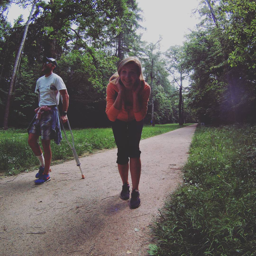 Fotka od Ferdika. 149/366: Sprained ankle: Great way how to strengthen upper body:-) #crutches, #2km, #outdoor, #obora, #oborahvezda, #sprainedankle, #gopro, #goprohero, #bestoftheday, #photooftheday, #pictureoftheday