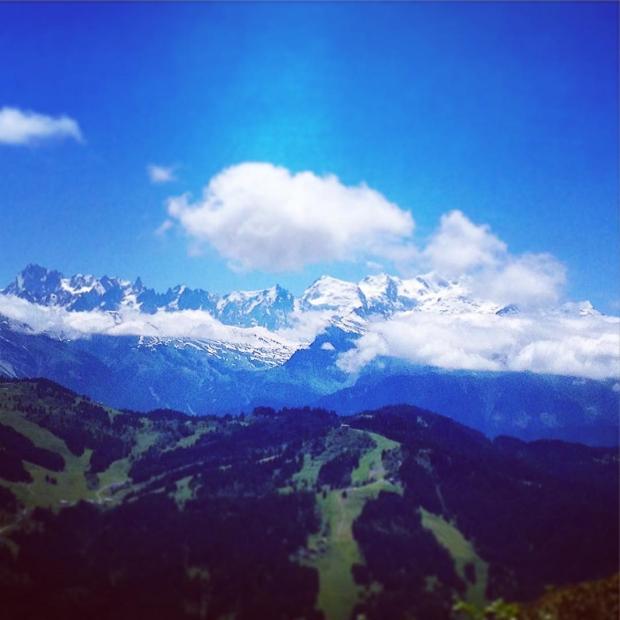 Fotka od Verunky. Muze se cil jmenovat lip nez Mont Chery🍬☺️? ..s vyhledem na Mt Blanc ..s @ferdinandvalent