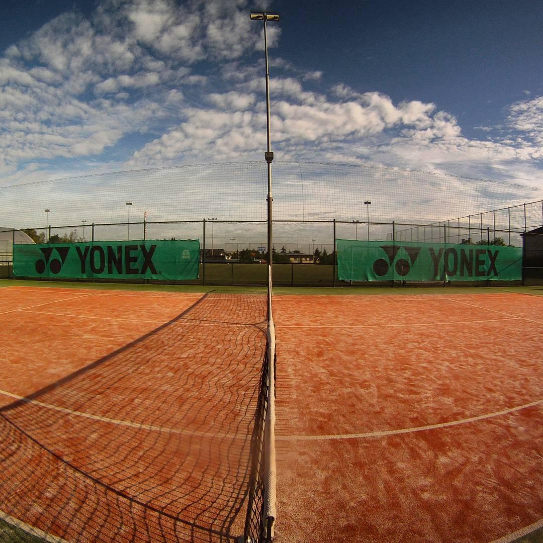 Fotka od Ferdika. 190/366: Morning#tennis #match on#centralcourt with @tominopek. 1-6, 2-6. I have nothing more to say. #wimbledon, #gopro, #goprohero, #sunrise, #bestoftheday, #photooftheday