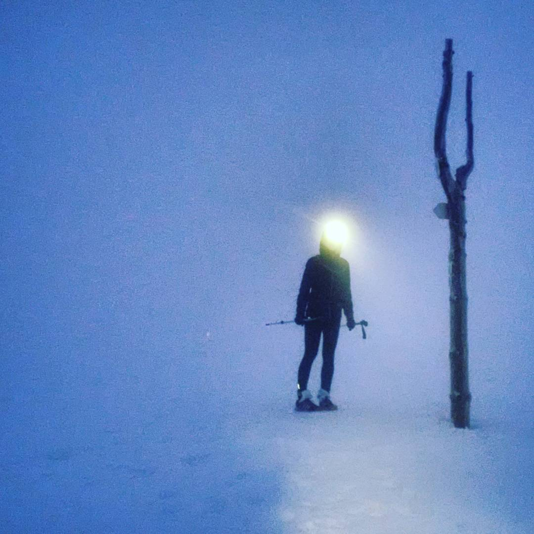 Fotka od Ferdika. 282/366: Good morning from #Lucnibouda. 4am start from #Spindl to catch the #sunrise but actual conditions: -2C, #fog, 50cm #snow and still #snowing = great start of the Day. #winter, #hike, #track, #white, #snezka, #wakeup, #bestoftheday, #topoftheday, #photooftheday