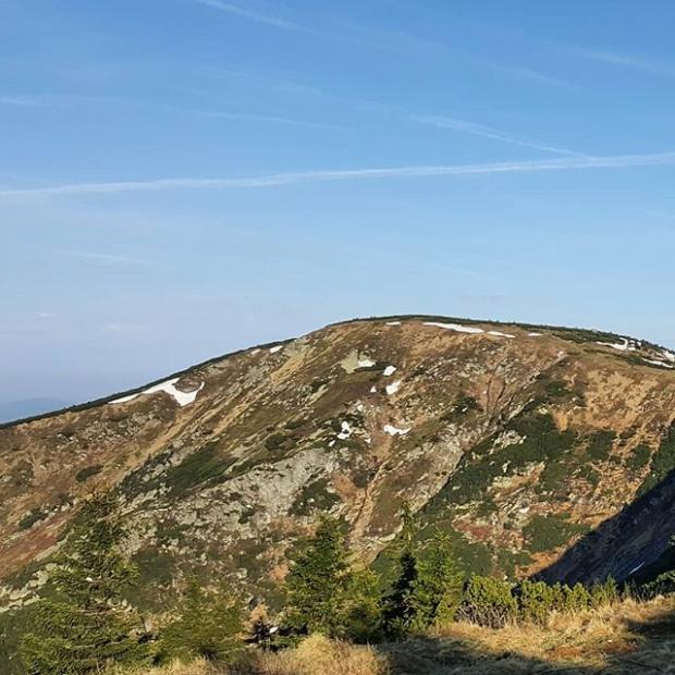 Fotka od Ferdika. Majestic Kotel #peak. #love, #nature, #krkonose, #morningrun, #trailrunning, #trail, #fellrunning, #mountains, #mountain, #train, #training