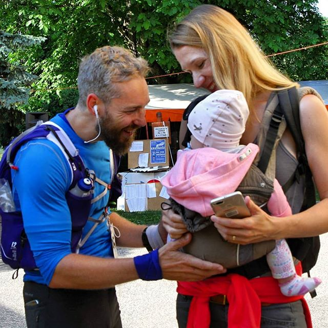 One more from #krakonosova100 right after finish line with @verunkavalent & #elismarja.  #krakonosovastovka, #ultratrail, #ultra, #ultrarun, #ultrarace, #salomon, #salomonrunning, #run, #krkonose, #fellrunning, #mountains, #nature, #czechnature